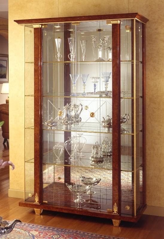 Шкаф-витрина для гостиной своими руками 50